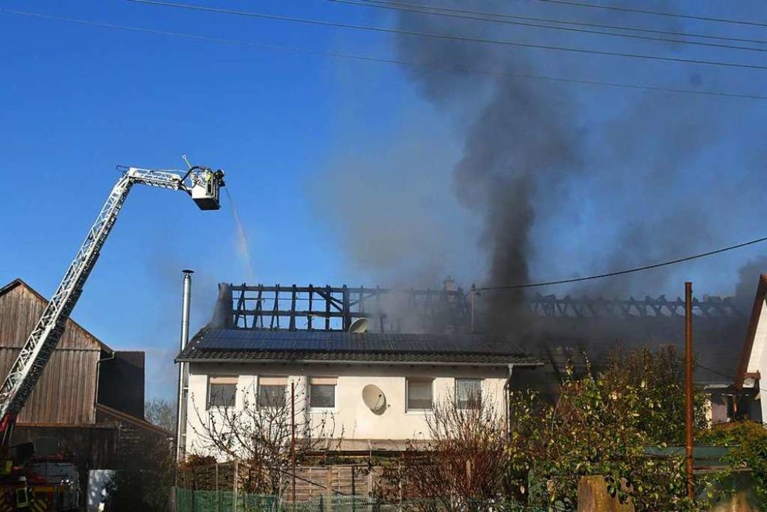 Brand gestern in der Offenburger Straße in Dundenheim  | Foto: Wolfgang Künstle