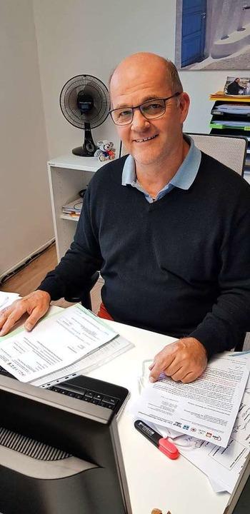 Meinhard Schamotzki kümmert sich um di...telverwendung im Rahmen der BZ-Aktion.    Foto: Gerhard Walser