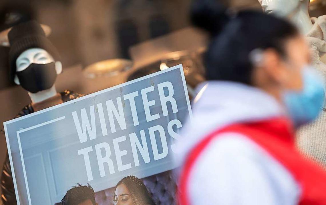 Die Corona-Pandemie wird den Landkreis wohl den ganzen Winter über beschäftigen.  | Foto: Sebastian Gollnow (dpa)