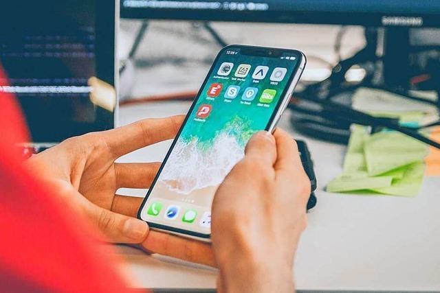 Soll man ein Smartphone erst laden, wenn der Akku ganz leer ist?