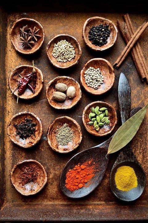 Gewürze spielen in der Ayurveda-Küche eine wichtige Rolle.   | Foto: yonibunga (stock.adobe.com)