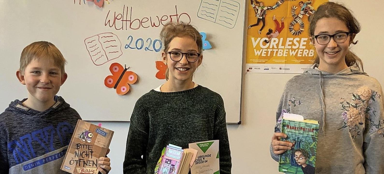 Die Klassensieger beim Vorlesewettbewe... Schuler (6a) und Marisa Löffler (6b).    Foto: Ulrich Denzel