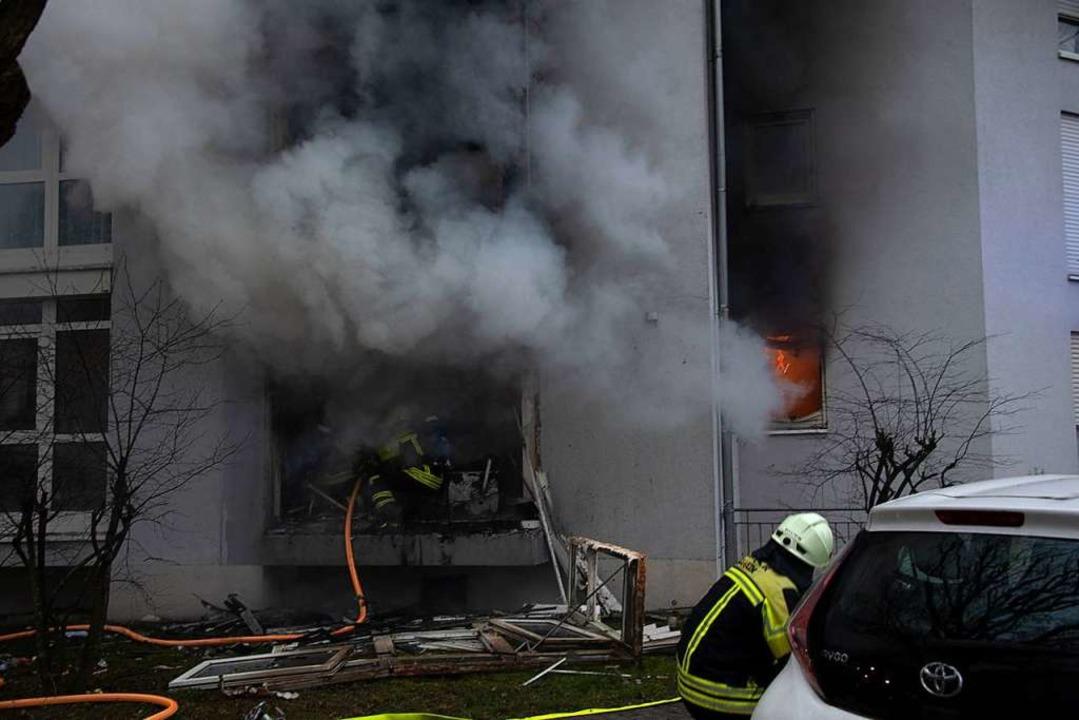 Starke Rauchentwicklung verletzte mehr...aminierte auch das Treppenhaus schwer.    Foto: Volker Münch