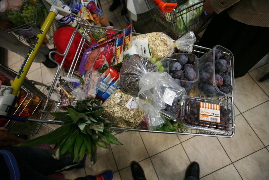 Ein Gutschein für den Einkauf in der L...fel kann vielen Menschen schon helfen.    Foto: Bastian Bernhardt