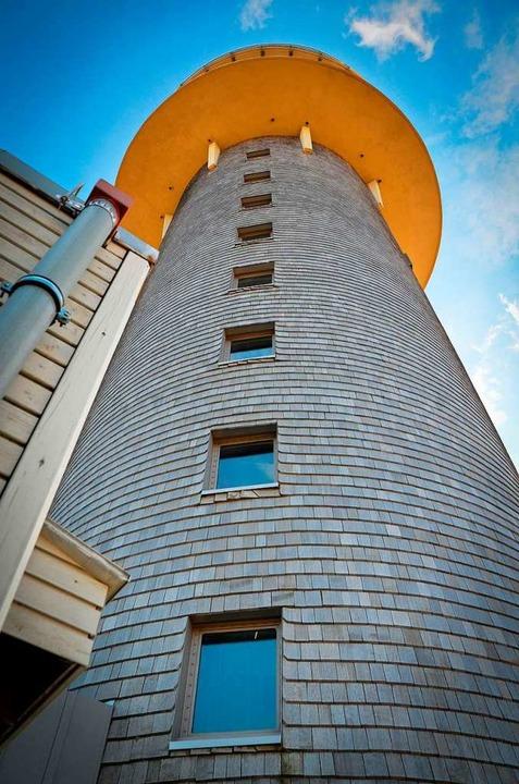 Der Feldbergturm gilt als Wahrzeichen....utschlands höchstgelegenes Trauzimmer.  | Foto: Kathrin Blum