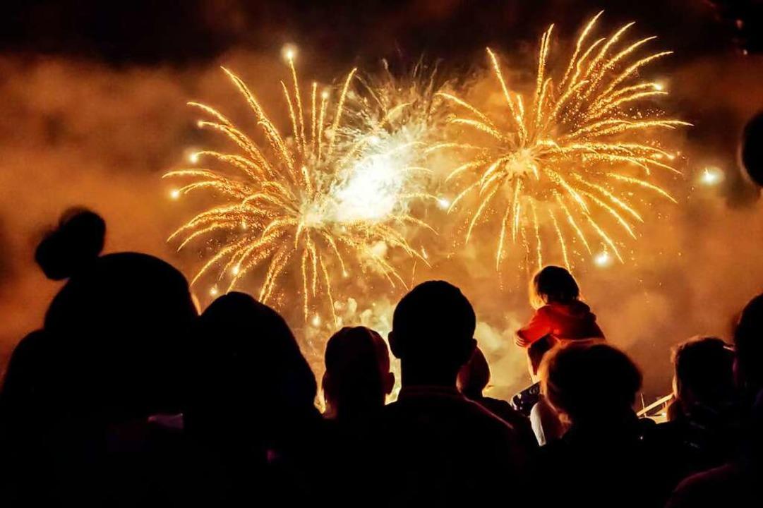 Welche Beschränkungen gelten zu Silvester und Neujahr?  | Foto: Deposit Photos (dpa)