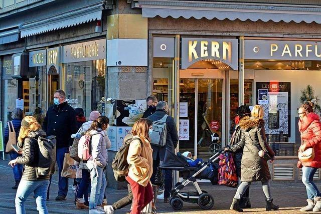 Etliche Geschäfte in der Freiburger Altstadt schließen – auch wegen Corona