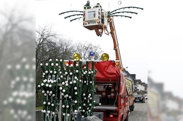 Feuerwehr bringt das Licht