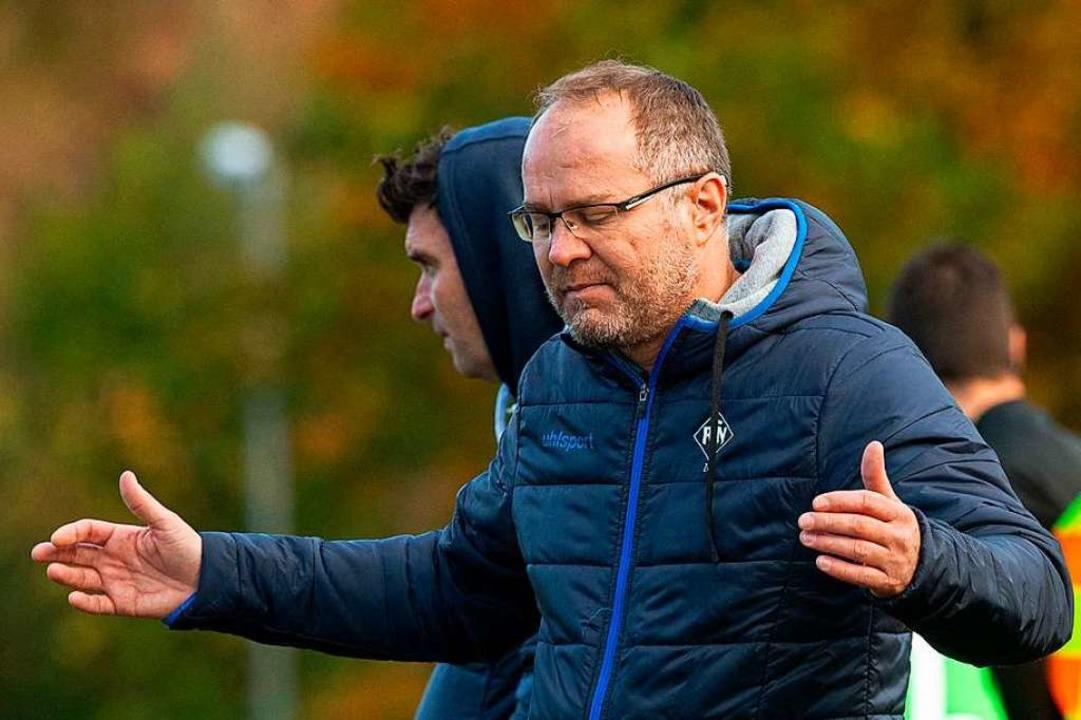 Zeljko Cosic sollte  beim FC Neustadt ...ben einige Spieler nicht mitgetragen.     Foto: Wolfgang Scheu