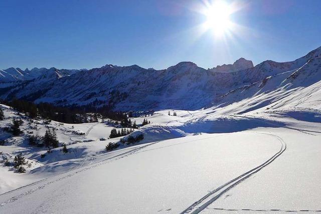 Österreich macht Grenzen über Weihnachten und Neujahr praktisch dicht
