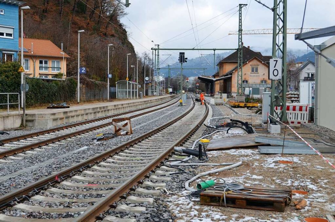 Die Bauarbeiten am Bahnhof in Waldkirch kommen voran.  | Foto: Nikolaus Bayer
