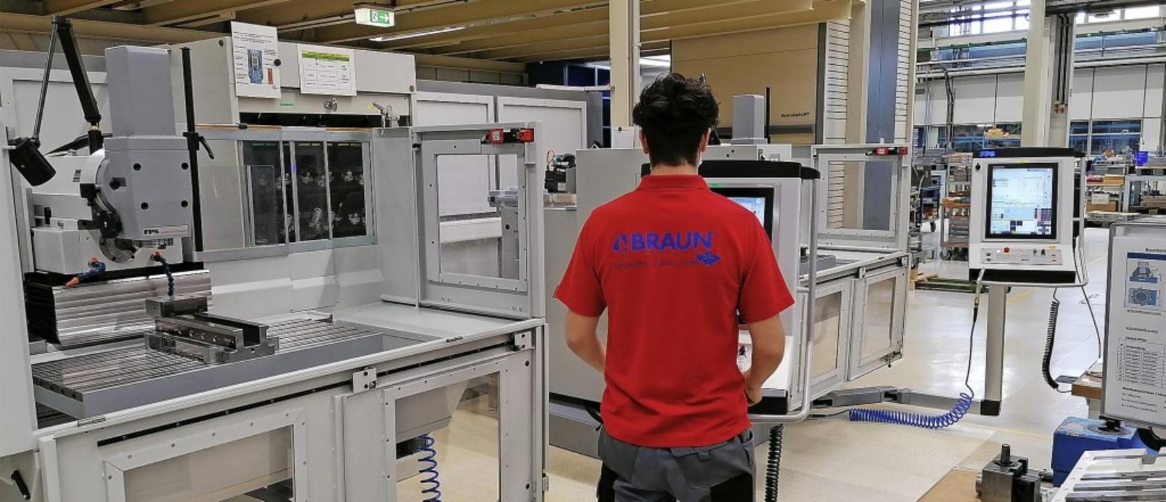 Mit zwei neuen Fräsmaschinen für das A...dstein für Technologie und Innovation.    Foto: Braunform