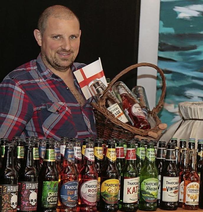 <BZ-FotoAnlauf>Bier von der Insel</BZ-...in Münchweier einen Biershop eröffnet.  | Foto: Sandra Decoux-Kone