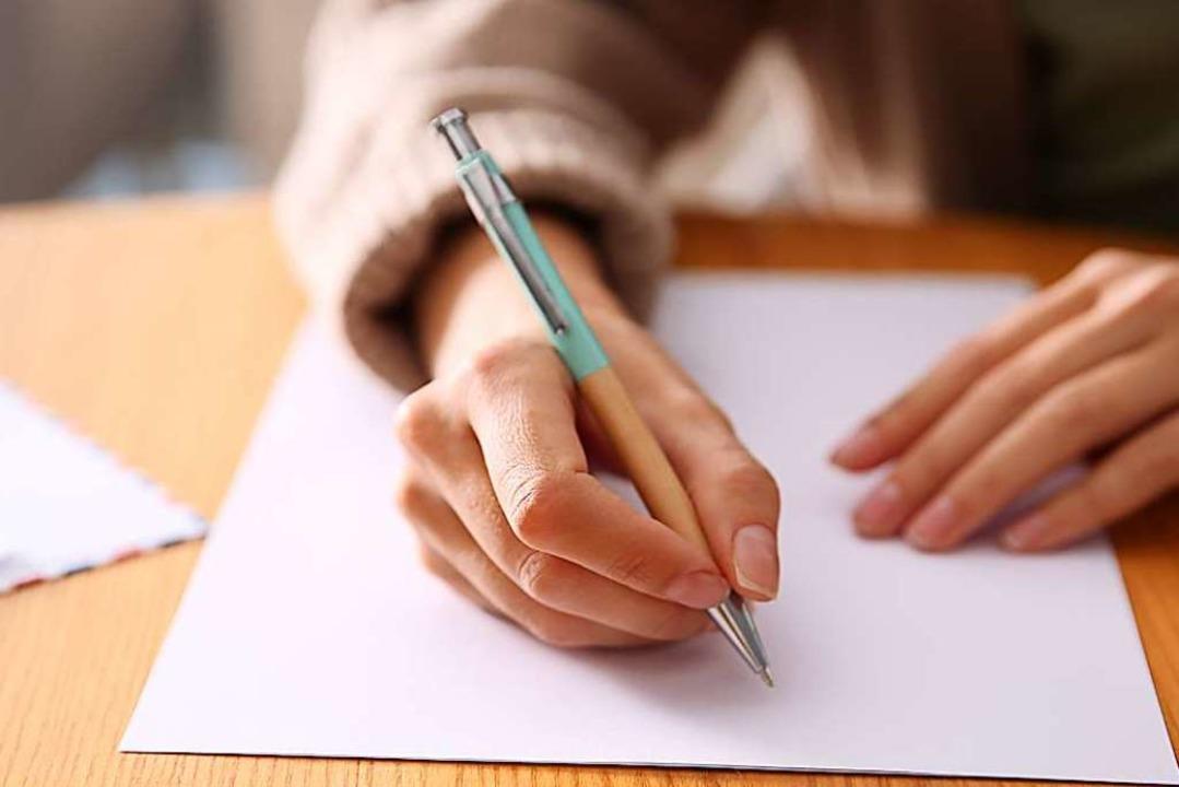 Briefe schreiben braucht Geduld, Briefe empfangen ebenso.  | Foto: Olga Yastremska, New Africa, Afr