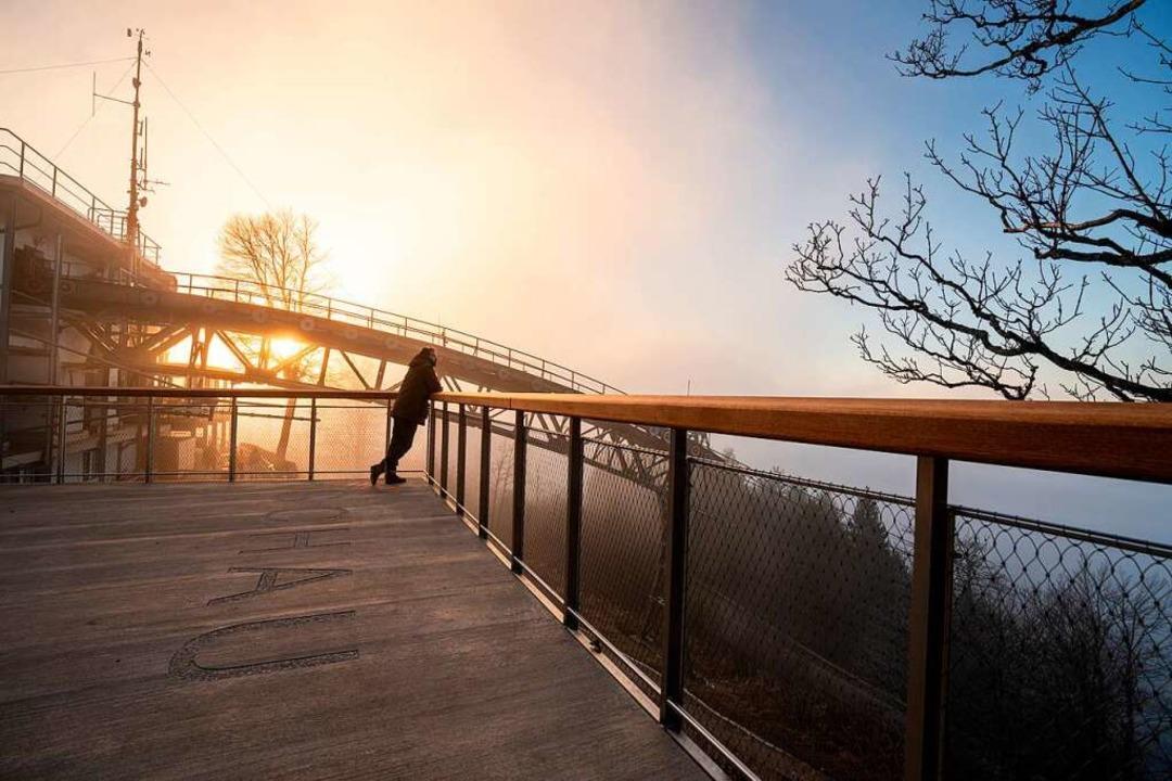 Die neue Panoramaterrasse auf der Berg...der Schauinslandbahn ist barrierefrei.    Foto: VAG Freiburg