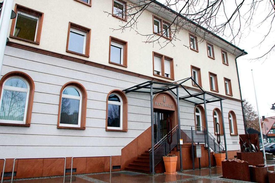 Am 21. Februar wählt Neuried den neuen Chef im Rathaus Altenheim.   | Foto: Heidi Foessel