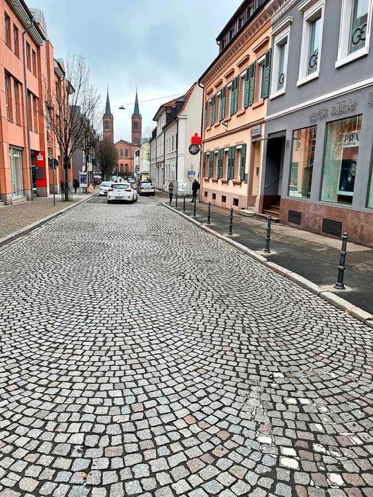 Weitere Poller in der Schillerstraße verhindern wildes Parken.  | Foto: Stadt Lahr