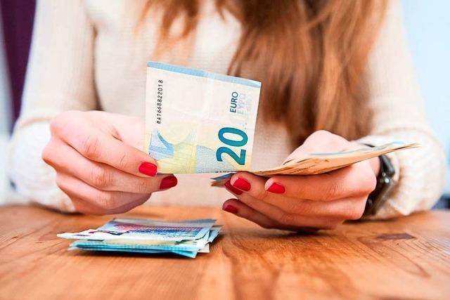 Haben Banken und Sparkassen ihren Kunden jahrelang zu wenig Zinsen gezahlt?