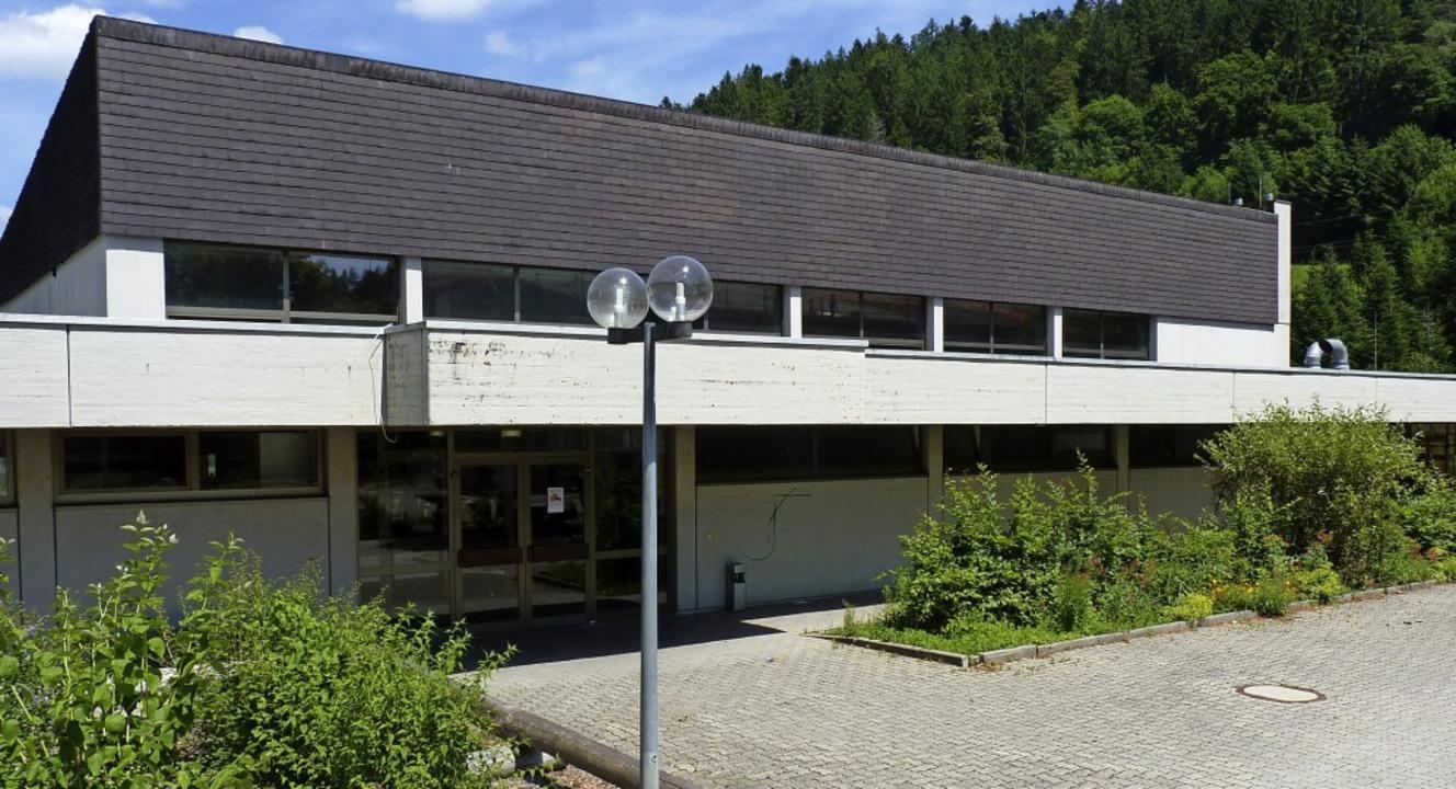 Die Sanierung der Tegernauer Mehrzweck...ist mit gut 330000 Euro veranschlagt.     Foto: Sattelberger