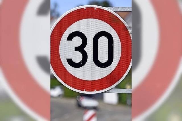 Verkehrsschau zu Tempo 30 in Wieslet