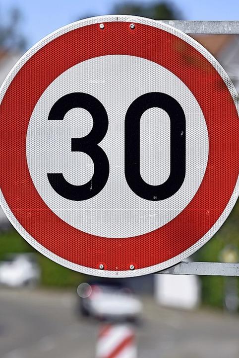 In Wieslet wird über die Einführung von Tempo 30 diskutiert.  | Foto: Thomas Kunz