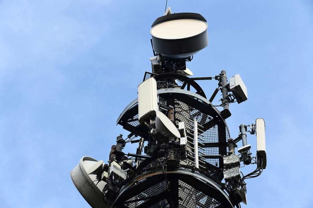 Mobilfunk wirft viele Fragen auf.  | Foto: Soeren Stache (dpa)