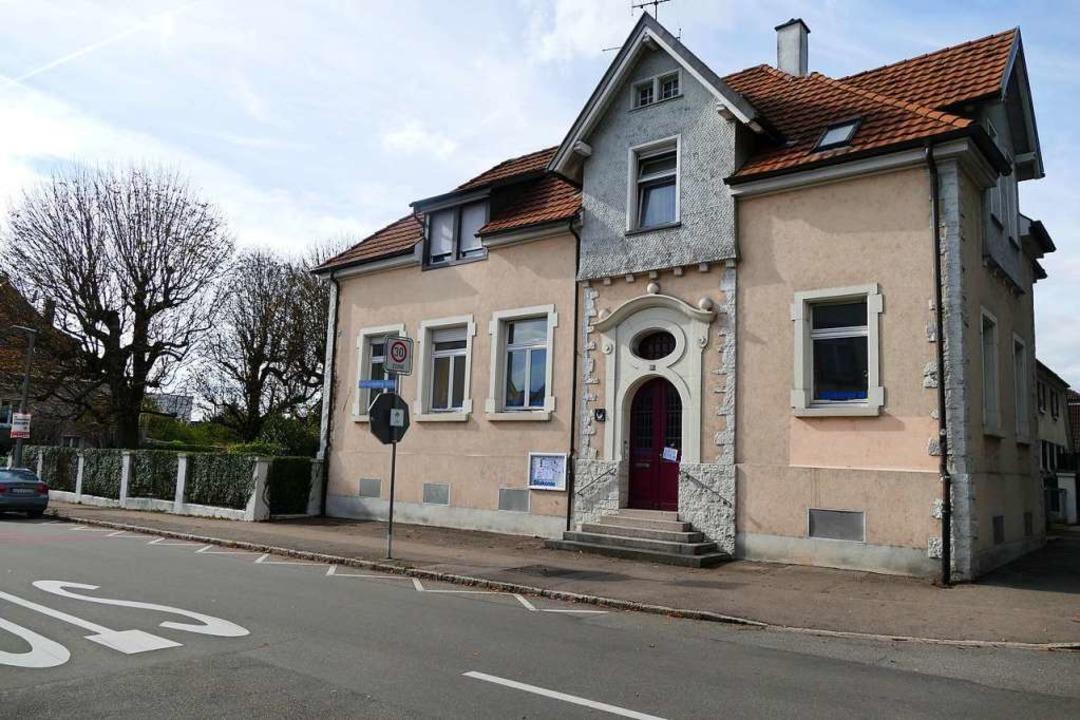 Das Haus an der Karl-Fürstenberg-Straße wird erweitert und barrierefrei gemacht.    Foto: Verena Pichler
