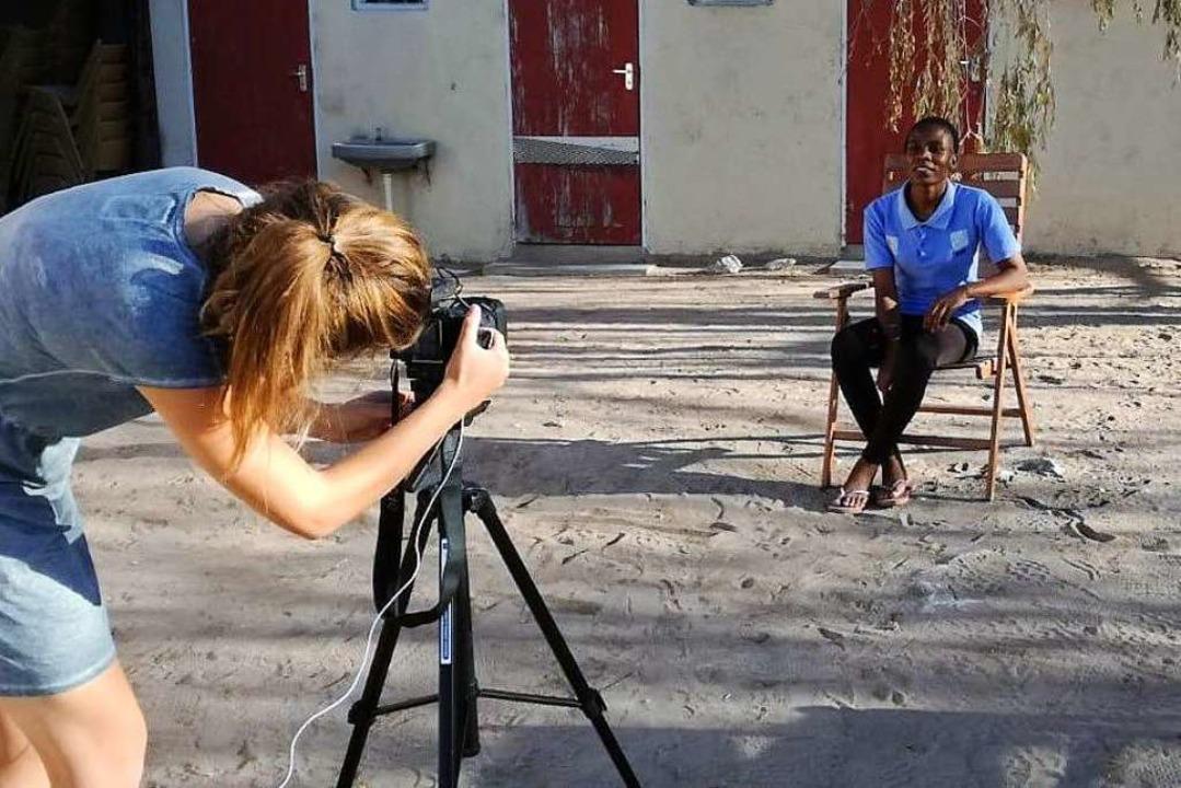 Rosa-Lena Lange  und Charlotte Weinrei...rauenrechte  in Namibia ausgezeichnet.    Foto: Gabriele Fässler