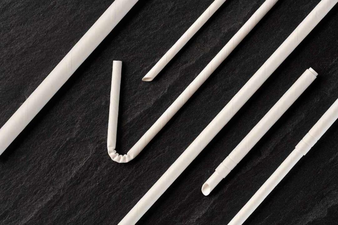 Papierhalme der Firma Pioflex – ...rsetzen die Trinkhalme aus Kunststoff.  | Foto: Firma Pioflex