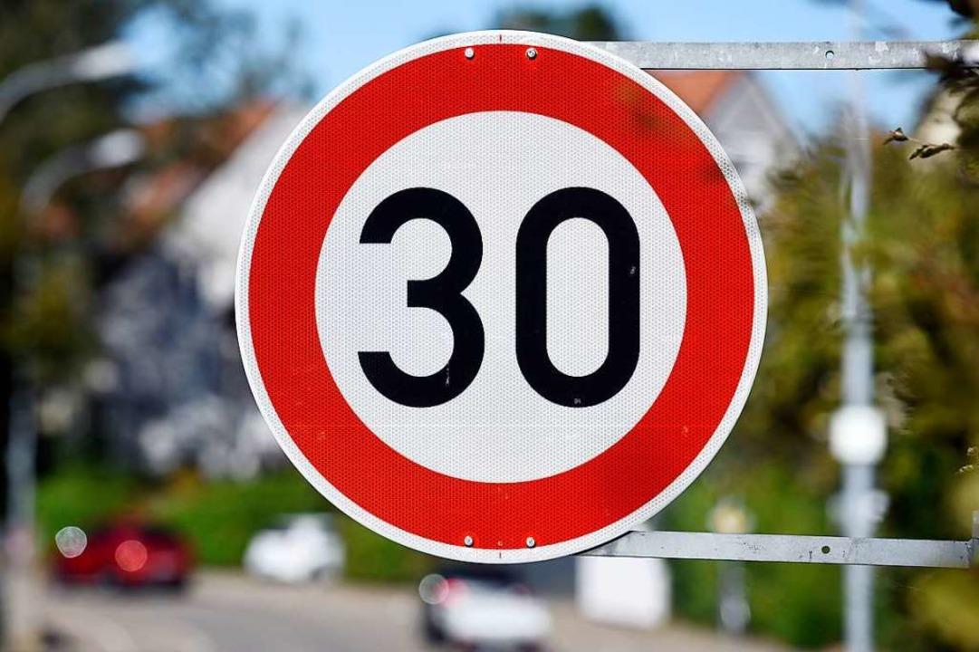 In ganz Freiburg soll künftig Tempo 30 gelten.  | Foto: Thomas Kunz