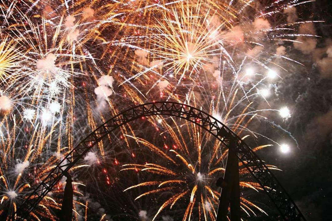 Ein prächtiges Feuerwerk über dem Euro...em Silvester nicht geben (Archivbild).  | Foto: Europa-Park