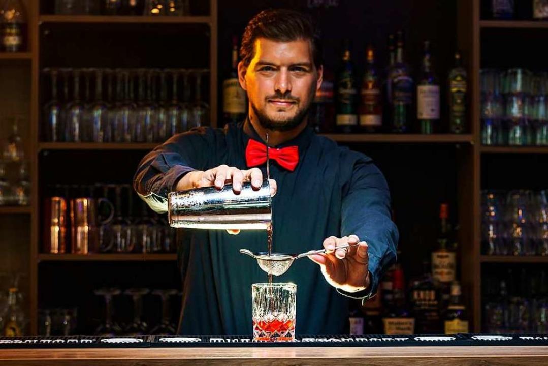 So mixen die Profis der Black Forest Bar Academy Coktails.  | Foto: Valentin Behringer (Gutmann Media)