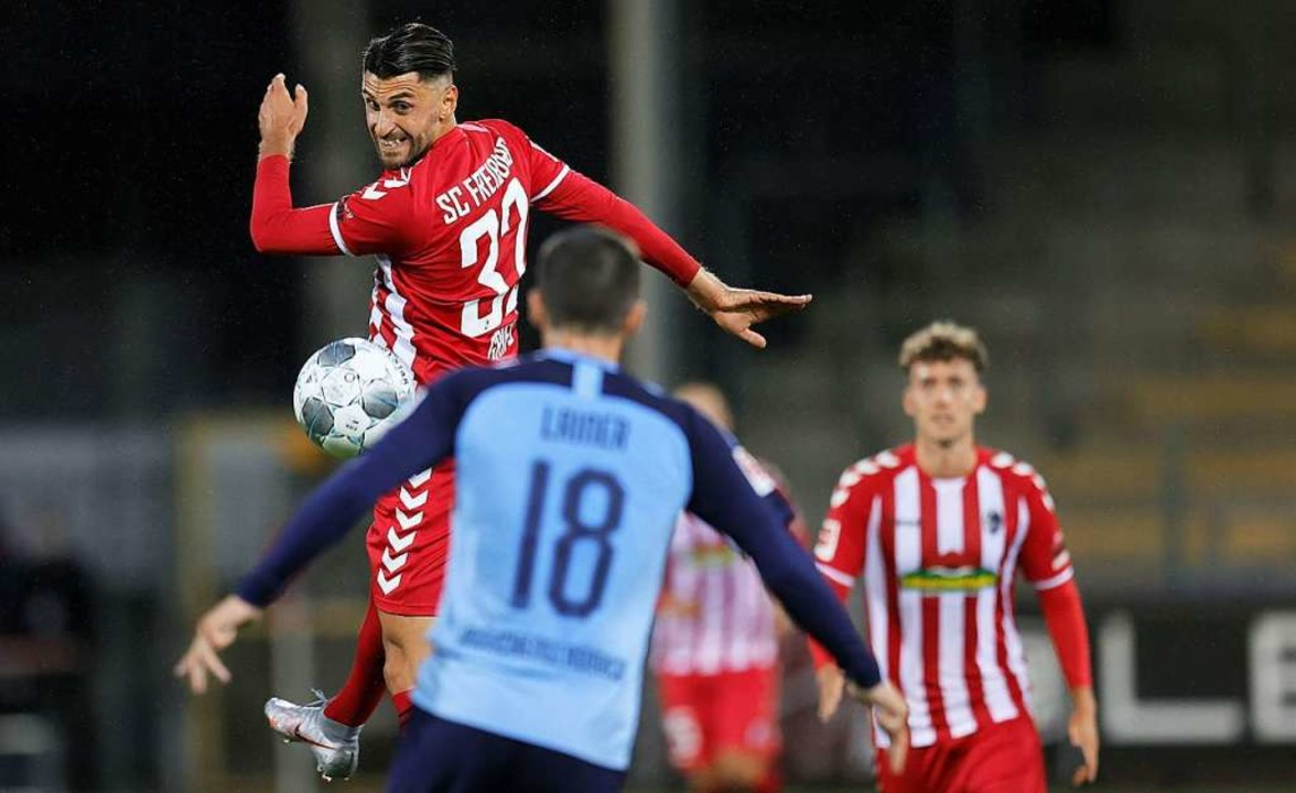 Vincenzo Grifo vom SC Freiburg gegen G.... Der SC gewann das Heimspiel mit 1:0.    Foto: RONALD WITTEK (AFP)