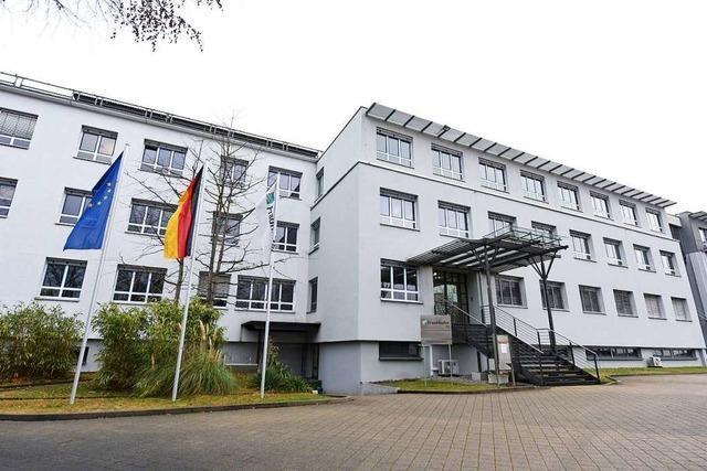 Gesundheitsamt verfolgt Kontakte von Corona-Infizierten in neuer Zentrale in Freiburg