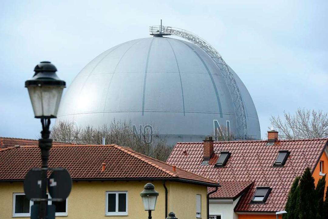 In die Gaskugel in Betzenhausen soll ein Café kommen.  | Foto: Ingo Schneider