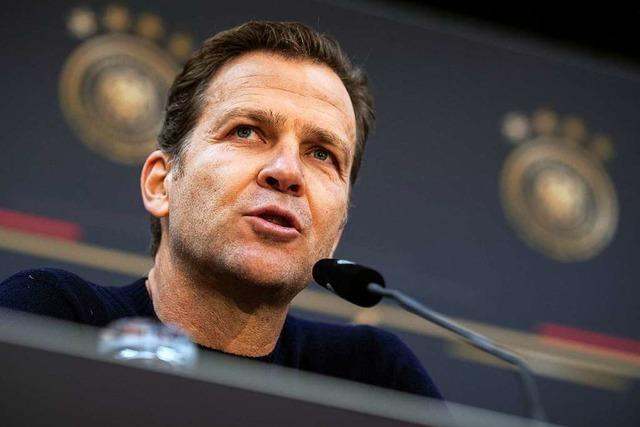 Bierhoff wirbt für den Bundestrainer und dessen EM-Kurs