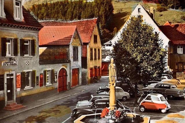 Elzacher Nikolausbrunnen seit 400 Jahren im Herzen der Stadt