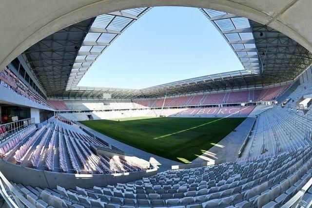 Bauarbeiten auf der Zielgeraden – doch wann wird im neuen SC-Stadion gekickt?