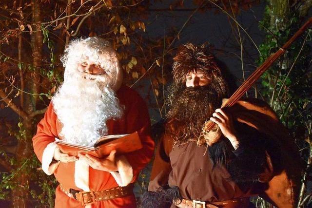 Der Nikolaus kommt in Hausen per Videoclip