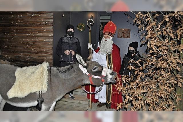Stärkung für den Esel an Nikolaus