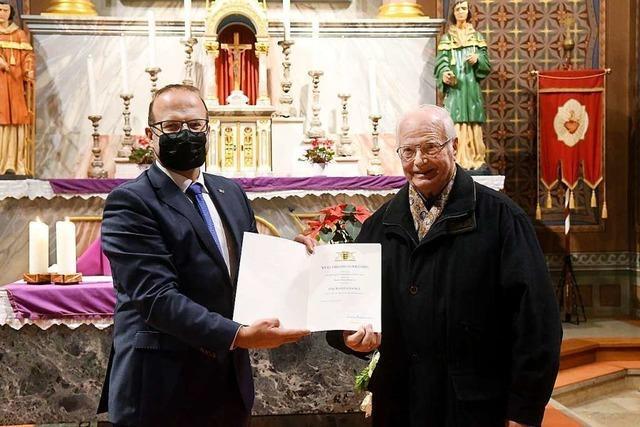Franz Krumm aus Meißenheim-Kürzell ist seit 47 Jahren Leiter des Kirchenchors