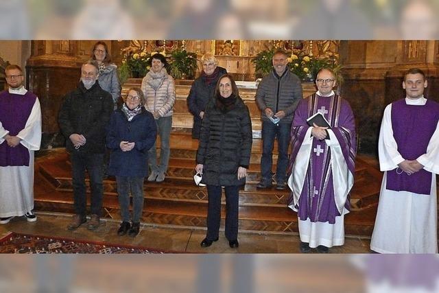Die Gesichter der Kirche vor Ort