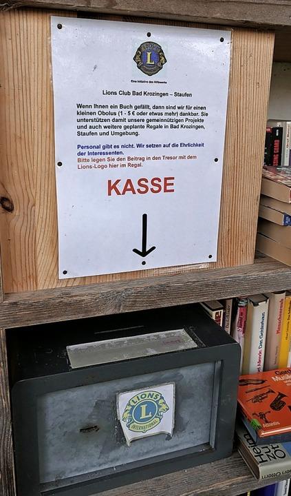 Die Spenden  kommen sozialen Zwecken v...onzelle am Staufener Schladerer-Platz.  | Foto: Hans-Peter Müller