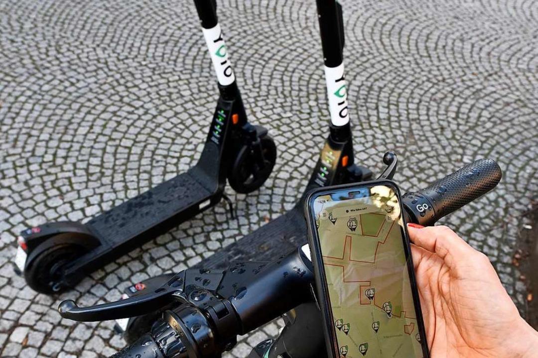 Mit der App findet man die Fahrzeuge. ...rtphone ist das Angebot nicht nutzbar.  | Foto: Thomas Kunz