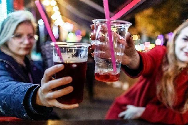 Gesundheitsminister Manfred Lucha will Alkoholverbot im Freien
