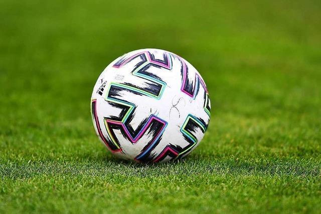 Fußballligen werden nach der Hinrunde in zwei Hälften geteilt