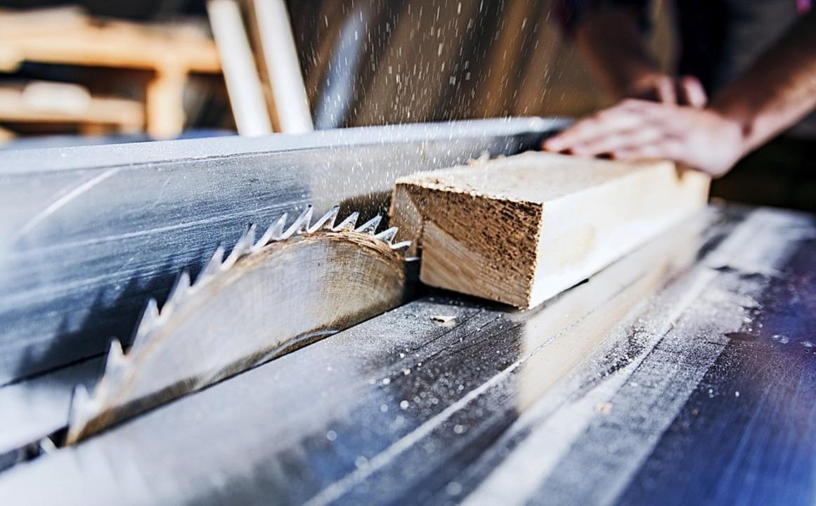 Weißtannen sollen in der Ibacher Säge ...ens die ersten Bauanträge eingereicht.  | Foto: Karanov images  (stock.adobe.com)