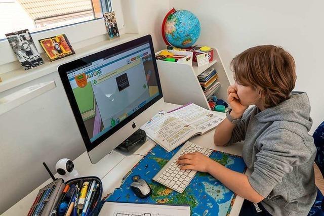 In Extrem-Hotspots müssen Schüler ab der achten Klasse in den Fernunterricht