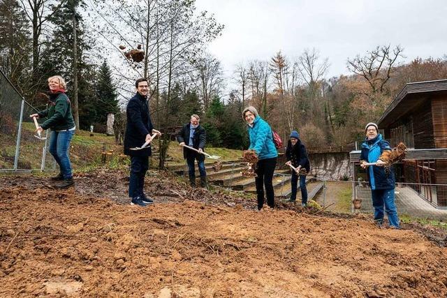 Start für die Bauarbeiten des Forstamtes an der Wonnhalde in Freiburg
