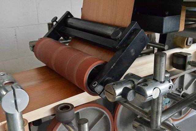 Spiegelhalter Holzleisten geht mit Riesenschritten in die Zukunft